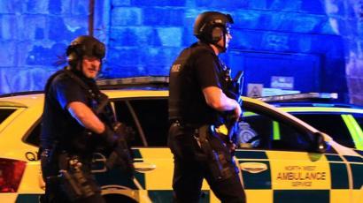 مقتل عدد من الأشخاص عقب حفل موسيقى في مانشستر البريطانية
