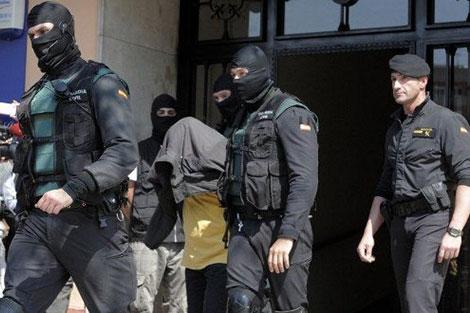 شرطة مدريد توقف مغربيين خططا لتنفيذ عملية إرهابية