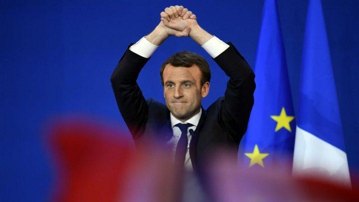 بروفايل… من هو إيمانويل ماكرون أصغر رئيس في تاريخ الجمهورية الفرنسية؟