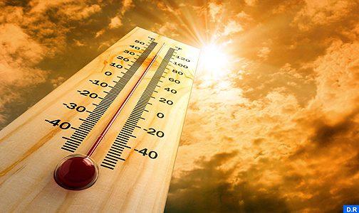 نشرة خاصة: موجة حر بدرجات تتراوح بين 36 و 44 درجة من الجمعة إلى الأحد في عدة مناطق بالمملكة
