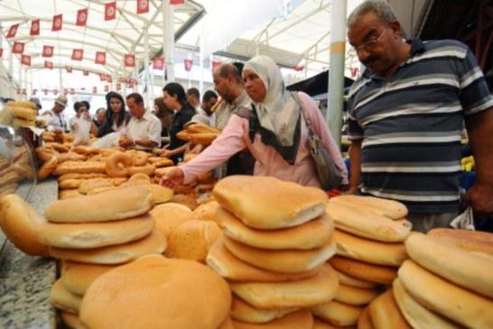 السجن لأربعة تونسيين أكلوا ودخنوا في رمضان