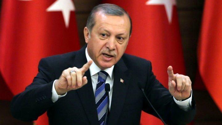مذكرات اعتقال بحق 12 مرافقا لأردوغان بواشنطن