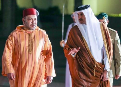 الملك يرسل طائرات محملة بمواد غذائية إلى دولة قطر