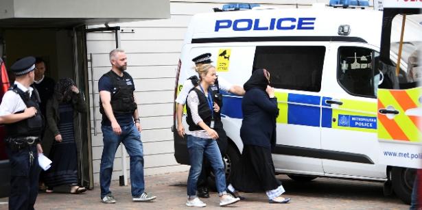 الشرطة البريطانية تعتقل 12 شخصا على صلة باعتداء لندن