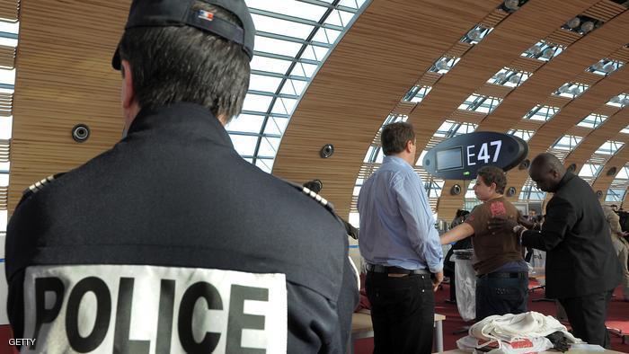 """إجلاء 2000 شخص بمطار فرنسي وإلغاء رحلات بسبب """"تهديدات"""""""
