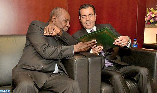 الأمير مولاي رشيد يسلم باسم الملك مذكرة أولية حول الهجرة لرئيس الاتحاد الإفريقي