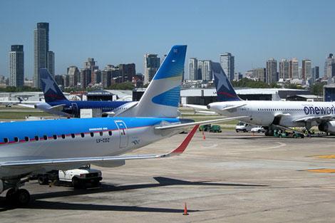 إخلاء مطار أرجنتيني بسبب حقيبة مشبوهة