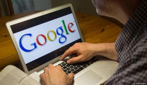 """""""غوغل"""" تهدد صحفيي العالم بالبطالة"""