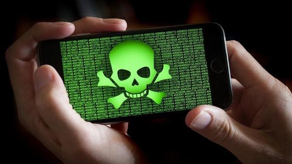 تعرف على الفيروس الذي يحول أجهزتكم إلى أدوات تجسس