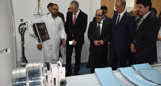 تجهيز المركز الجهوي للأنكولوجيا بالحسيمة باللوازم الضرورية لعلاج السرطان