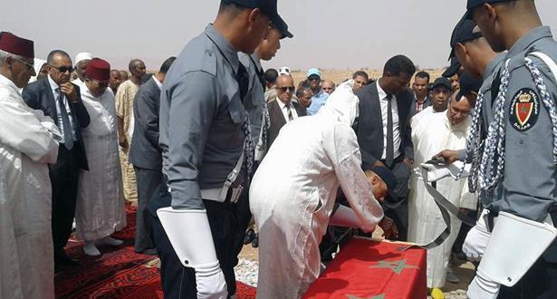 تشييع جثمان الموظف الذي قضى على يد سجين خطير بسجن تولال 2