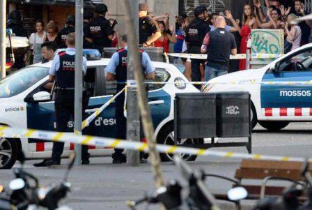 توقيف مغربي يشتبه في تعاونه مع مرتكبي اعتداءات برشلونة وكامبريلس