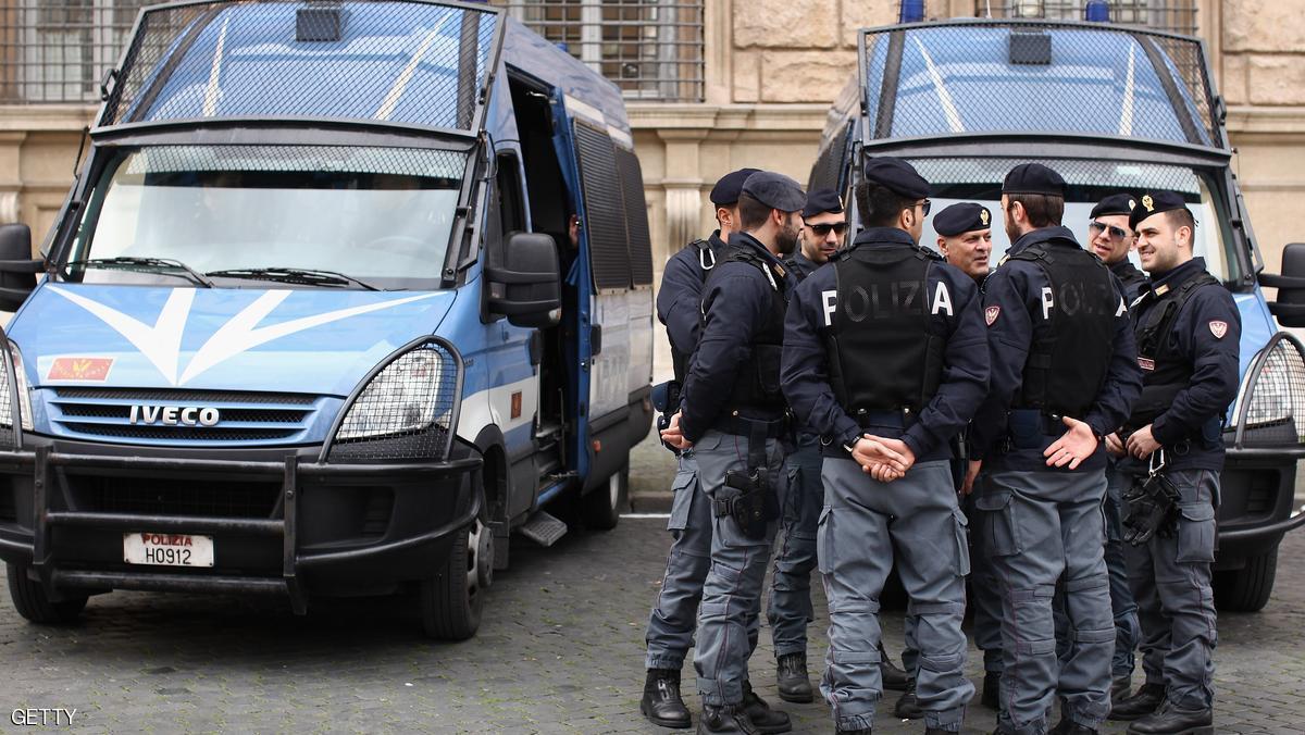 """مراهقان مغربيان شاركا بحادثة """"اغتصاب جماعي"""" بإيطاليا"""