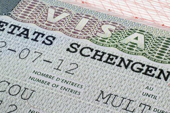تعرف على الإجراءات الجديدة التي شنتها دول الاتحاد الأوروبي لمراقبة المسافرين