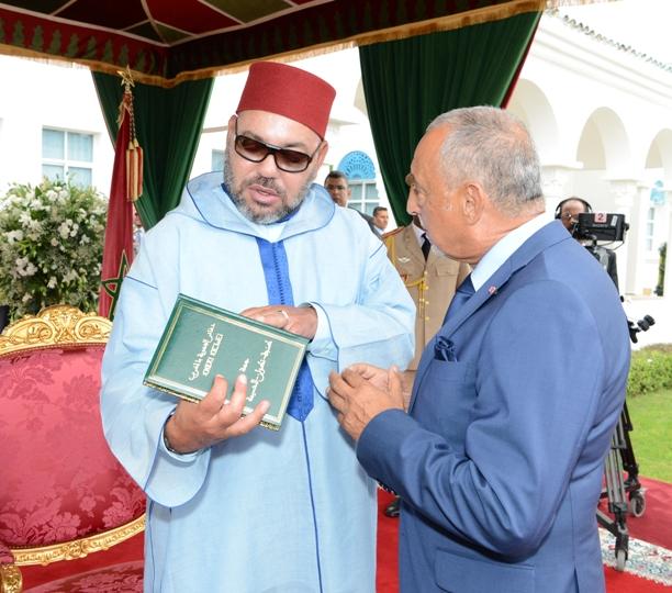"""""""دفاتر الجهوية بالمغرب""""… إصدار من 12 جزءا يسلط الضوء على مؤهلات وخصائص جهات المملكة"""
