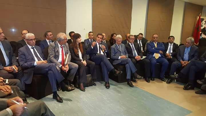 اجتماع سري بين أخنوش وساجد للتحضير لدمج حزبي الأحرار والدستوري في مشروع واحد