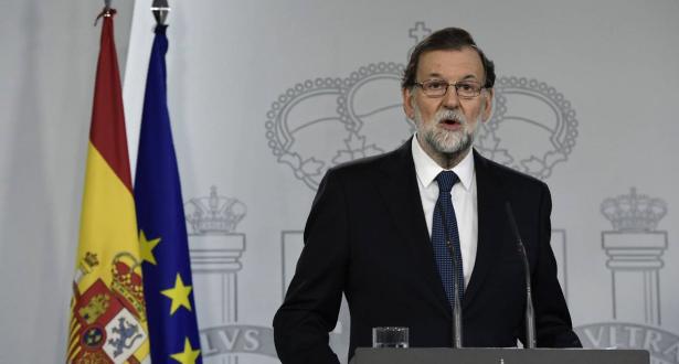 الحكومة الإسبانية تعلق مهام حكومة الانفصاليين الكتالان