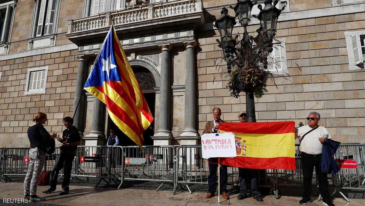 رئيس كتالونيا المقال وأعضاء من حكومته يتوجهون لبلجيكا لطلب اللجوء