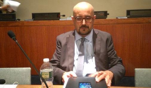 """الكاتب الاسباني كونثالو كاستيانوس يفضح سرقة البوليساريو للمساعدات """"الإنسانية"""" بالأمم المتحدة"""
