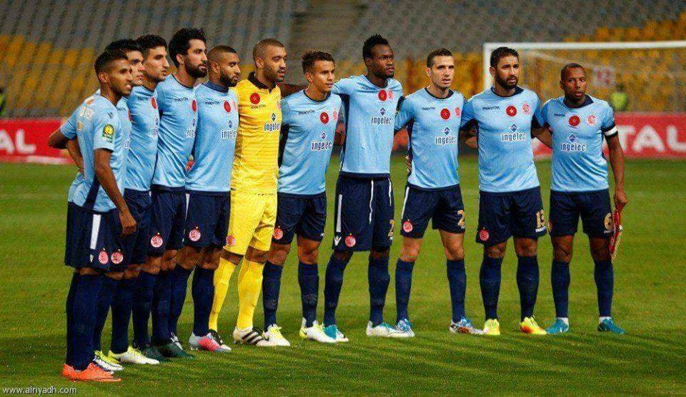 """""""الفيفا"""" يطالب الوداد بتحديد قائمته المشاركة في مونديال الأندية"""