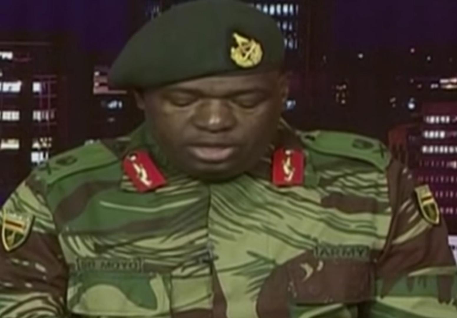 الجيش يسيطر على العاصمة الزيمبابوية وموغابي يؤكد أنه تحت الإقامة الجبرية