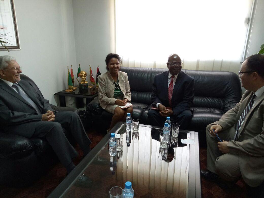 وفد عن مفوضية الاتحاد الإفريقي يزور الأمانة العامة لاتحاد المغرب العربي