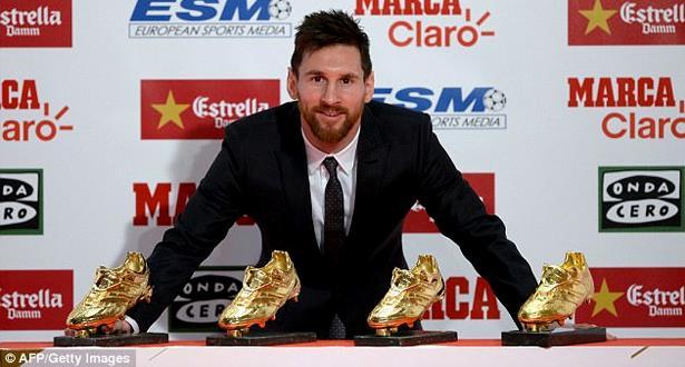 ميسي ينال الحذاء الذهبي لرابع مرة في مسيرته
