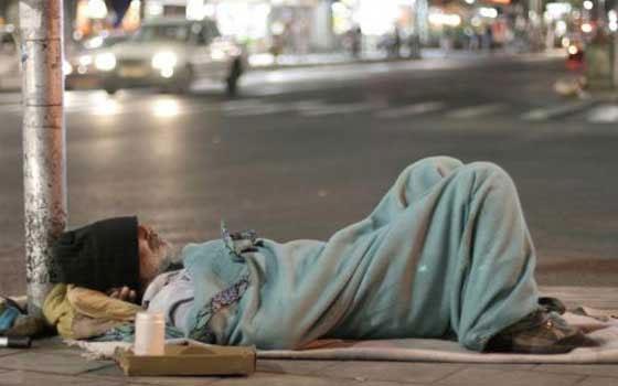الحكومة تقترب من إطلاق دعم الفقراء وحذف الضريبة على العقار