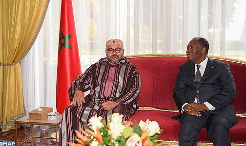 الملك يجري مباحثات على انفراد مع الرئيس الحسن واتارا