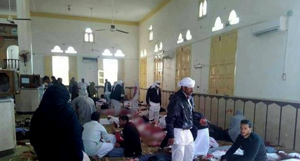 ارتفاع حصيلة قتلى الهجوم على مسجد سيناء إلى 305 قتلى بينهم 27 طفلا