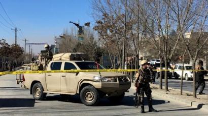 مقتل عشرات الأشخاص في هجوم انتحاري على كابول