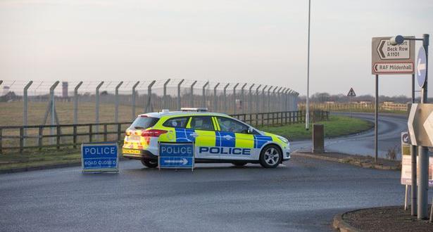 الشرطة البريطانية تعتقل شخصا حاول اقتحام قاعدة عسكرية أمريكية