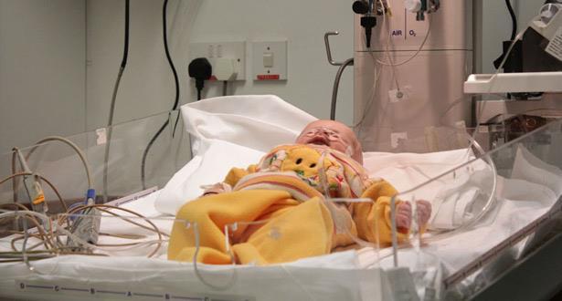 نجاح أول عملية لزراعة قلب لرضيع عمره 8 أشهر بانجلترا
