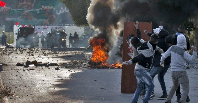 اندلاع مواجهات في القدس والضفة احتجاجا على قرار ترامب بخصوص القدس