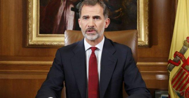 """العاهل الإسباني يدعو البرلمان الكاتالوني لتفادي """"مواجهة"""" جديدة"""