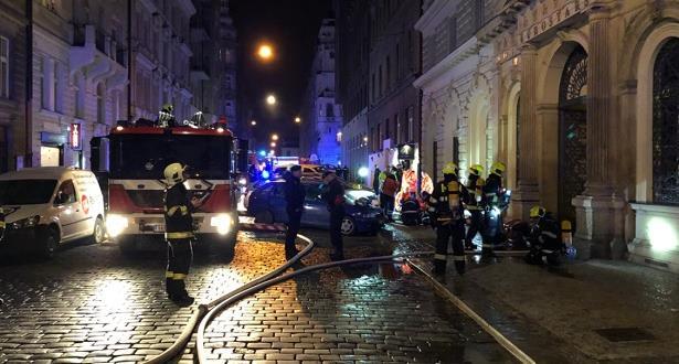 مصرع شخصين وإصابة نحو 40 آخرين في حادث احتراق فندق وسط براغ