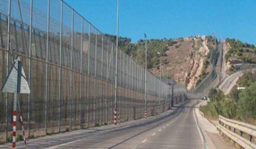 وفاة شخص جراء التدافع بالمعبر الحدودي لمدينة مليلية المحتلة