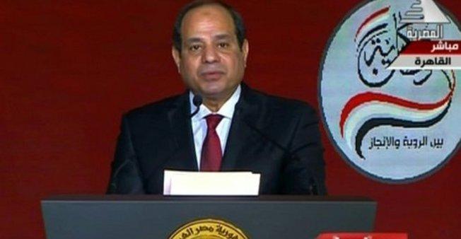 عبد الفتاح السيسي يدخل وحيدا للمنافسة على رئاسة مصر
