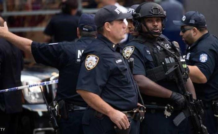 """شرطية تخسر عملها بسبب """"ماضيها الأسود"""" في الأفلام الإباحية"""