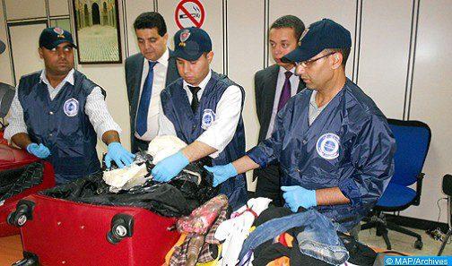 الدار البيضاء .. أمن مطار محمد الخامس الدولي يوقف نيجيريا متهم بتهريب المخدرات