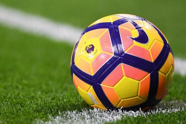 مغربي يشتري ملكية نادي إنجليزي عريق لكرة القدم
