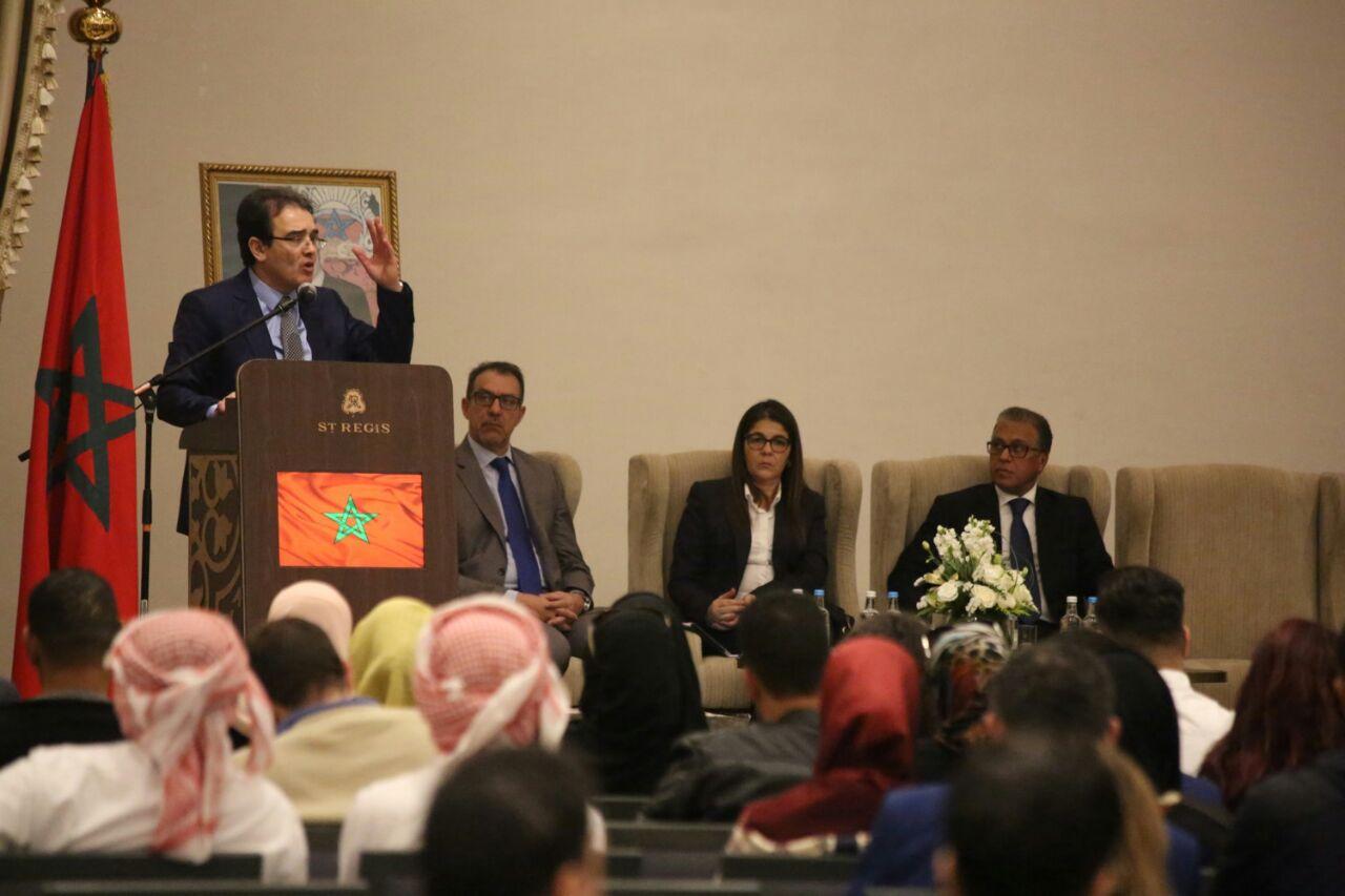 الوزير بنعتيق يفتح جسرا للتواصل مع مغاربة الإمارات العربية المتحدة