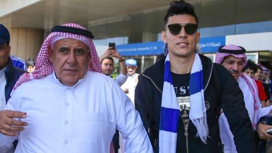 """بنشرقي يسجل بمهارة في أول مباراة مع الهلال في """"ديربي"""" الرياض"""