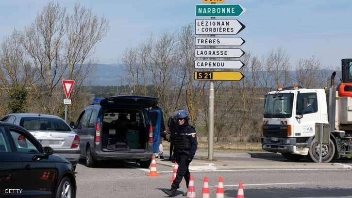 """مقتل """"محتجز الرهائن"""" بفرنسا.. وسيارة تفصح عن التفاصيل"""