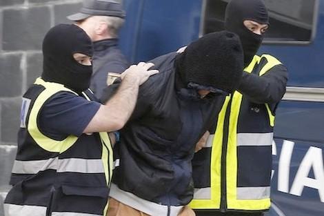 إسبانيا .. سنتان سجنا نافذا لمغربيين لإشادتهما بالإرهاب
