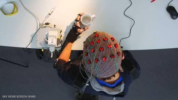 اختراع آلة لقراءة الأفكار وترجمتها إلى نصوص مكتوبة