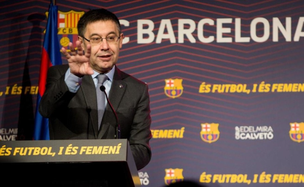 رئيس برشلونة يوجه رسالة مؤثرة لأنصار الفريق بعد الخروج المذل