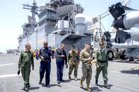 الملك يصدر أوامره لوفد عسكري لحضور المناورة الجوية- البحرية المغربية- الأمريكية