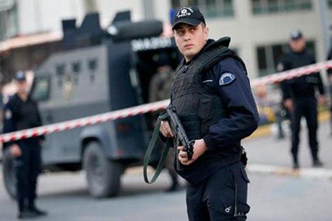 """الأمن التركي يعتقل مغربيا مسؤولا عن استقطاب """"دواعش"""""""