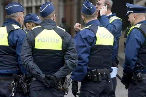 هولندا… اعتقال 4 أشخاص من أصول مغربية خططوا لتنفيذ هجوم على قنصلية تركية